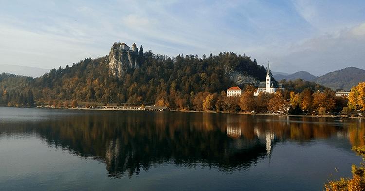 Slovenija Bledsko-jezero-krajolik-1