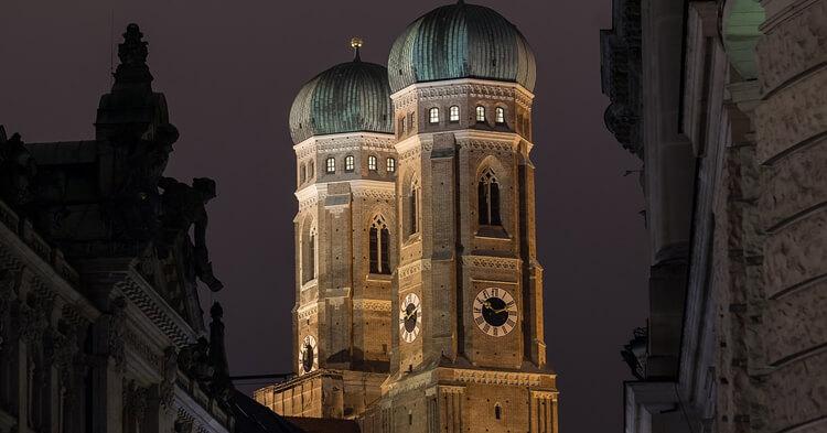 Frauenkirche - Minhen