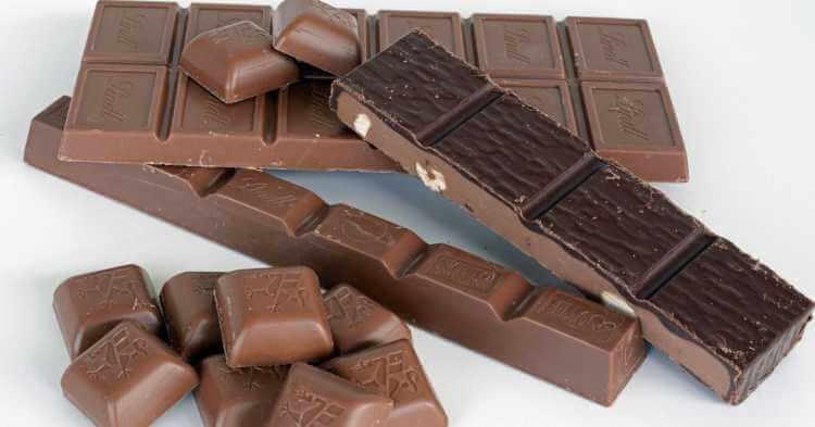 kocke crne i mlečne čokolade