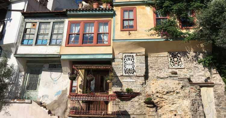 stara kuća u gradu Kavala