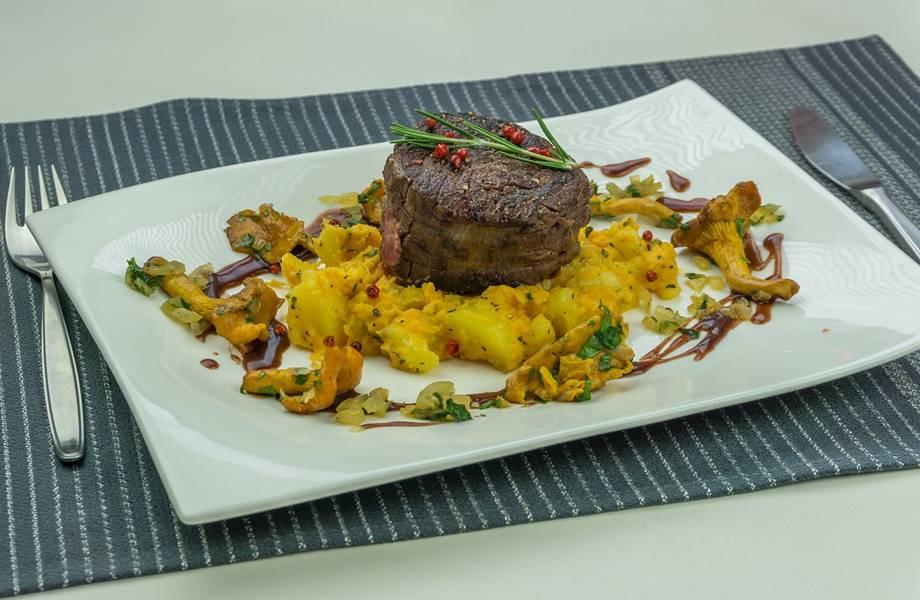 Slano jelo iz italijanske kuhinje, meso sa povrćem