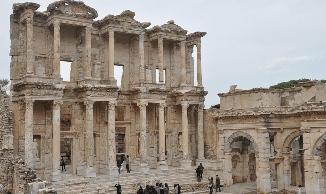 Drevne gradjevine u Efesu