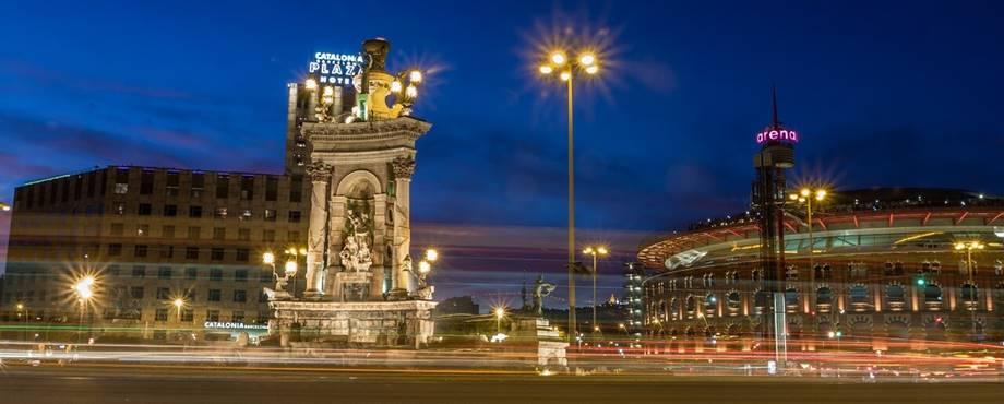 Barselona noću
