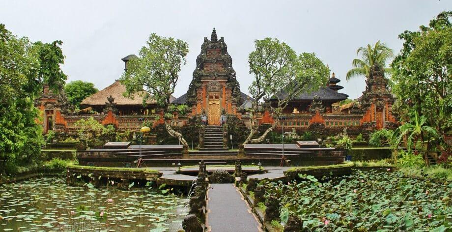 Hram na ostrvu Bali