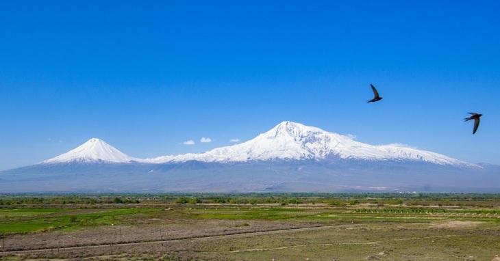 Planina Ararat sa snegom na vrhu
