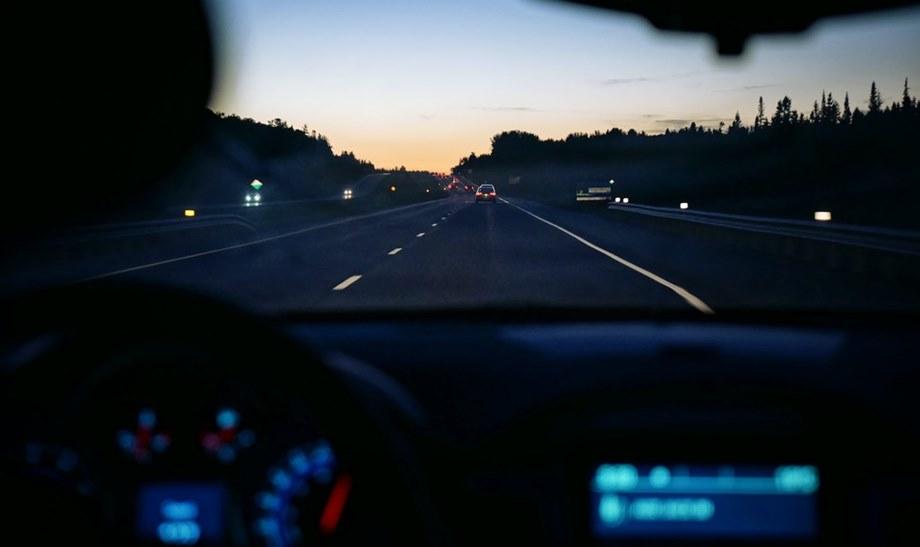 Vožnja autom na autoputu