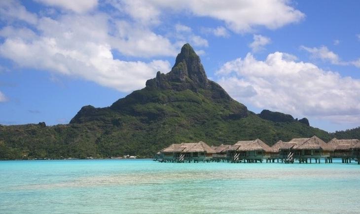 Pogled na ostrvo Bora Bora