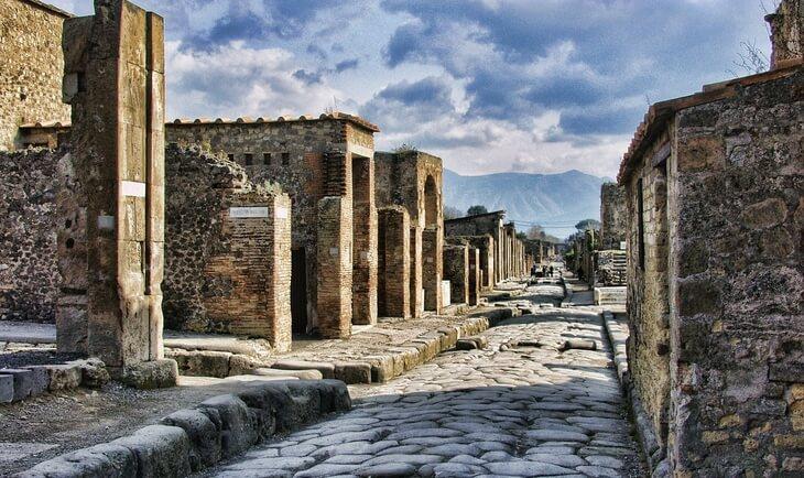 Antičke ruševine drevnog grada pompeje