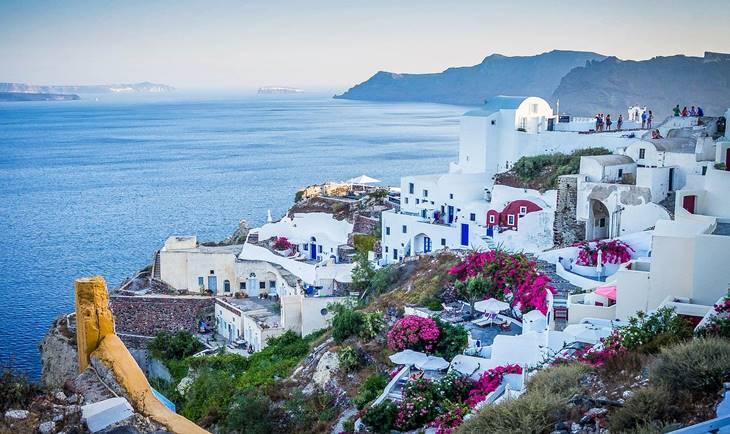 Pogled na grad Santorini u Grčkoj