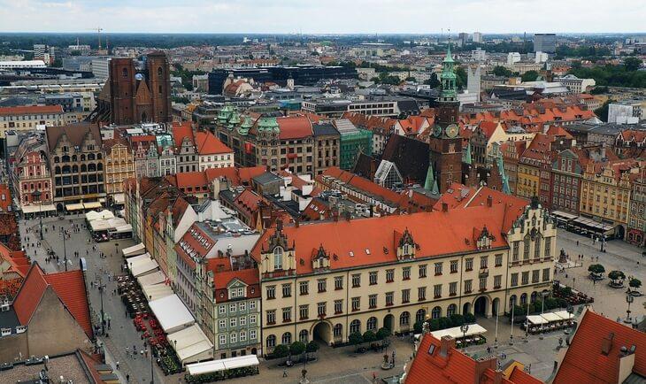Pogled na grad Vroclav iz ptičije perspektive