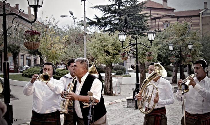 Trubači u Vranju odeveni u tradicionalnu nošnju